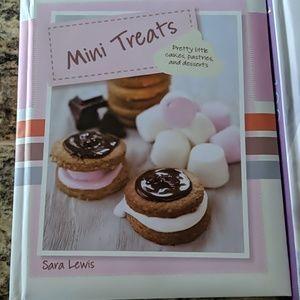 Set of dessert cook books